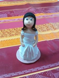 modelado-fondant-muñeca-comunion