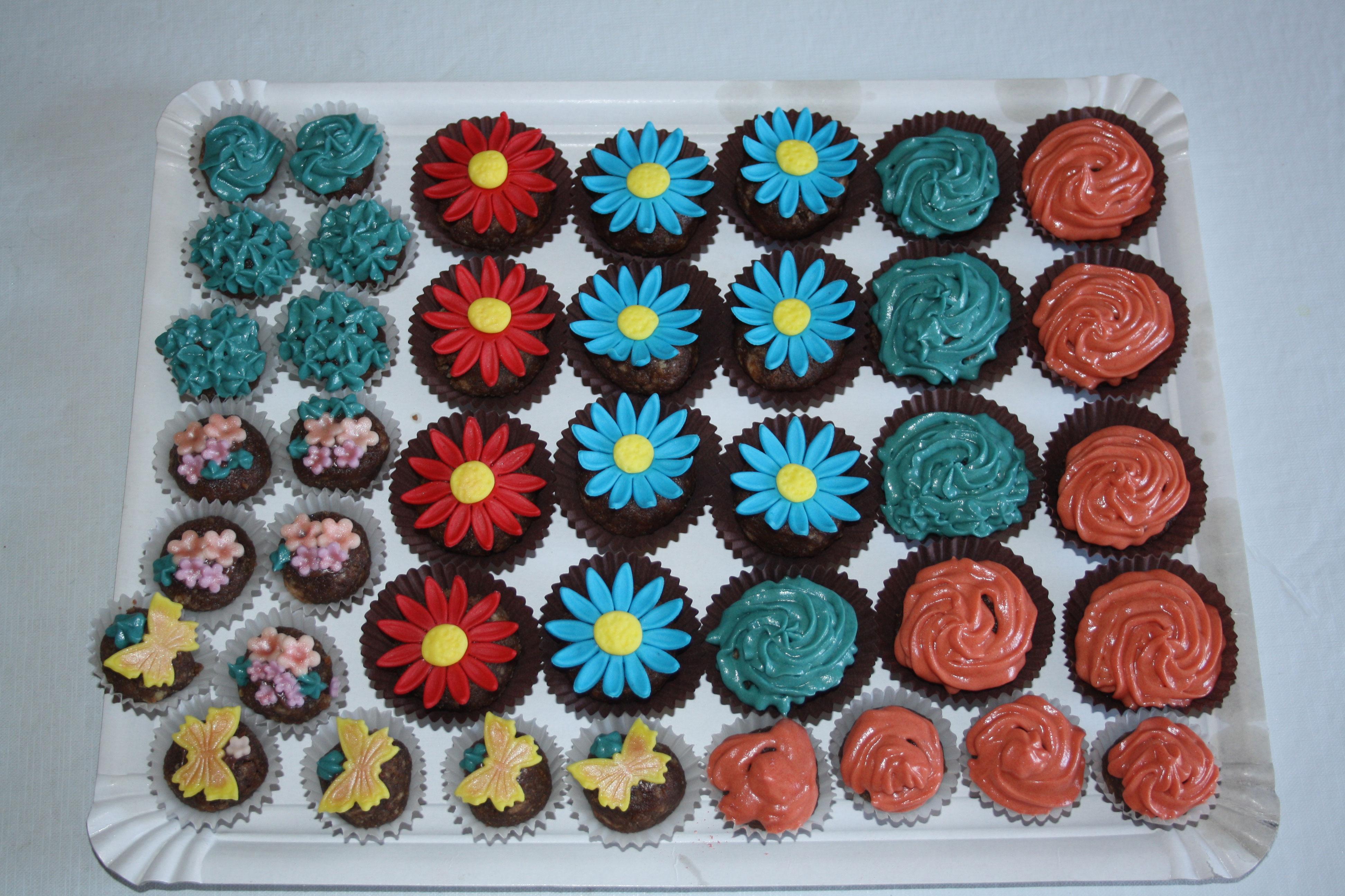 cakepops-flores-variadas-en-capsulas-papel