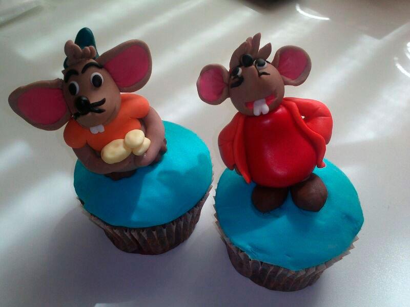 Cupcake Di-Tartas ratones cenicienta fondant