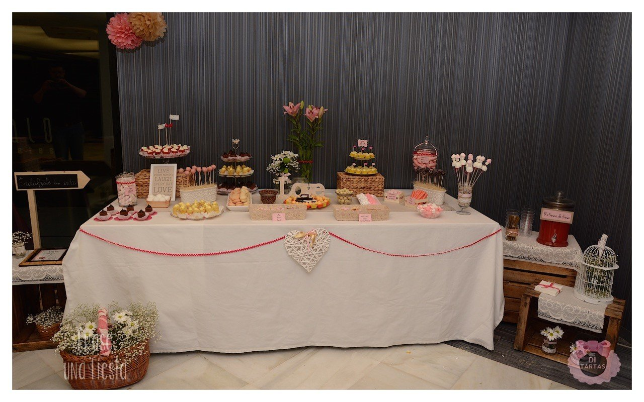 Mesa dulce degustaci n bodas salones indalo di tartas - Mesas para salones ...